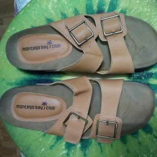 PAYLESS SIZE 8 1/2