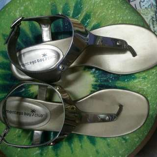 PAYLESS SIZE 9 Gold Metallic Color SANDALS