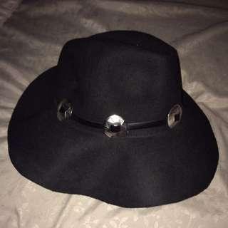 Black Floppy Summer Hat