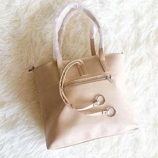 Avery Bag 03