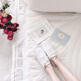 全新Cunz皮革超軟小白鞋