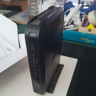 Singtel Aztech Wireless router Internet