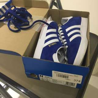 Adidas Gazelles In Blue Size 4 (US) + FREE Tracked Postage!