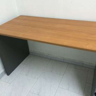 Computer / Study / Office Table