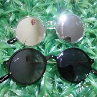 Sunnies (specs)