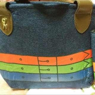 🚚 小提包和小收納包(毛顫材質)