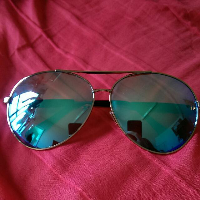 太陽眼鏡 鏡片偏藍