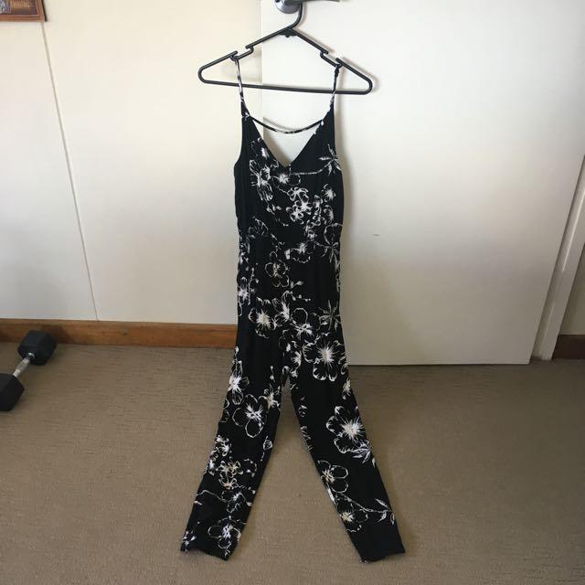 Bardot Size 8 Jumpsuit
