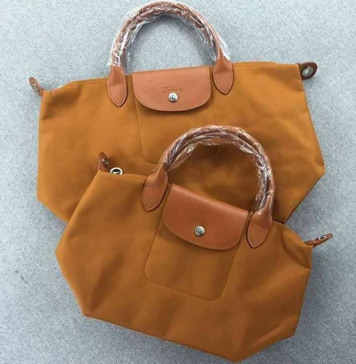 85d09c38dc7a BUY 1 TAKE 1 AUTHENTIC OVERRUNS LONGCHAMP LE PLIAGE NEO MEDIUM ...