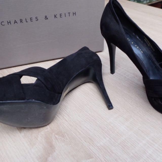 CHARLES & KEITH - High heels
