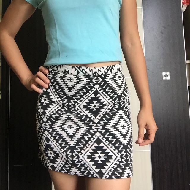 Cuci Gudang: Mini Skirt Cantik