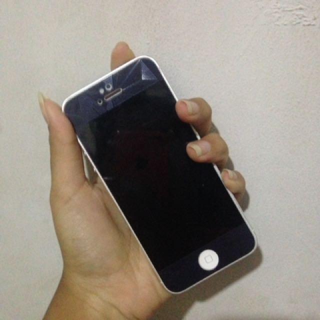 Dijual Iphone 5 White