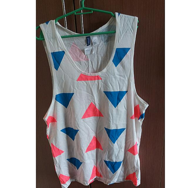 Divided Sleeveless 💕
