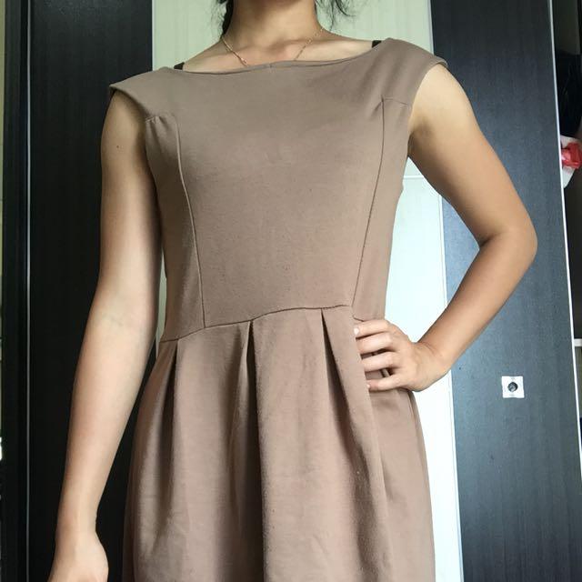 Cuci Gudang: Dress Cantik