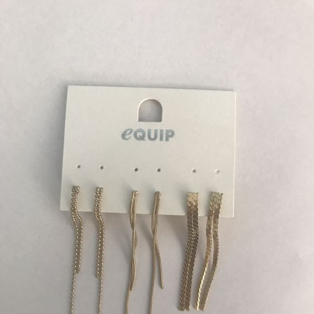 Equip Earrings