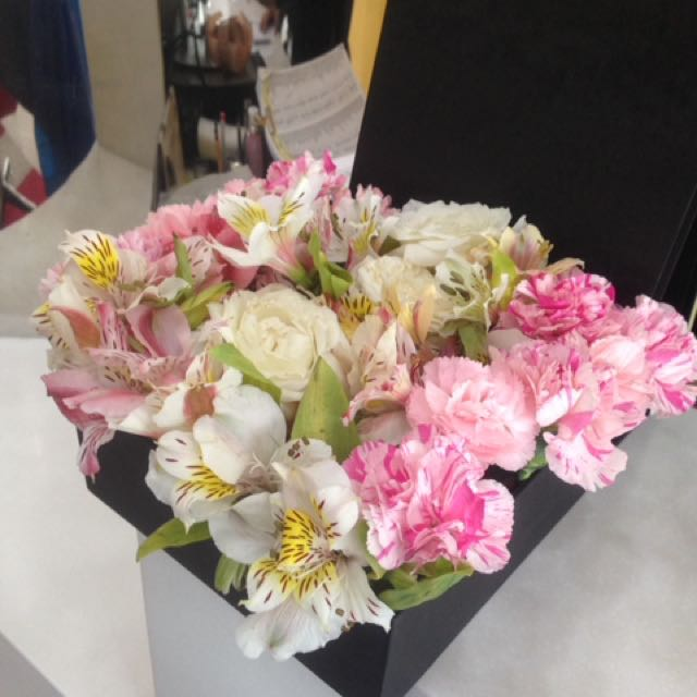 Flowers In A Box Roses And Carnation