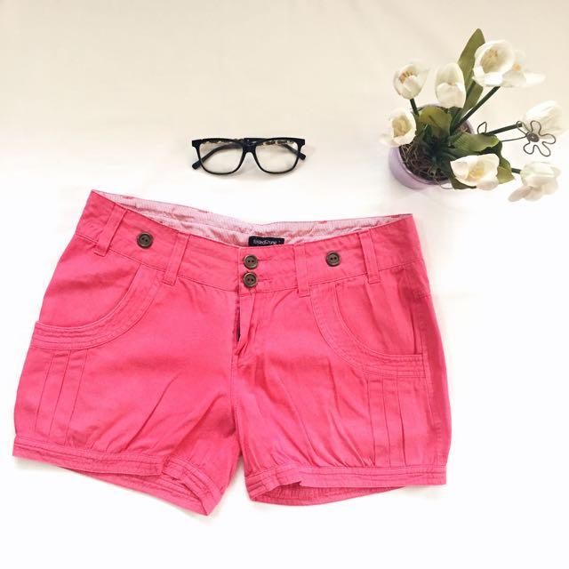 folded and hung denim shorts ♡