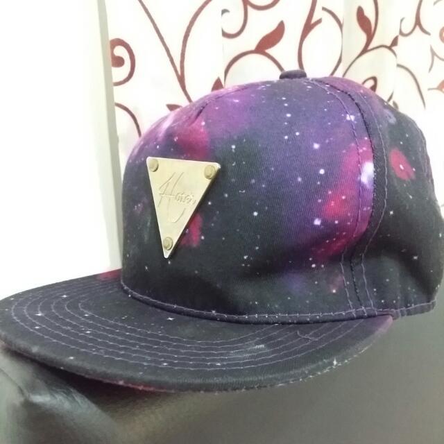 Hates Galaxy Cap