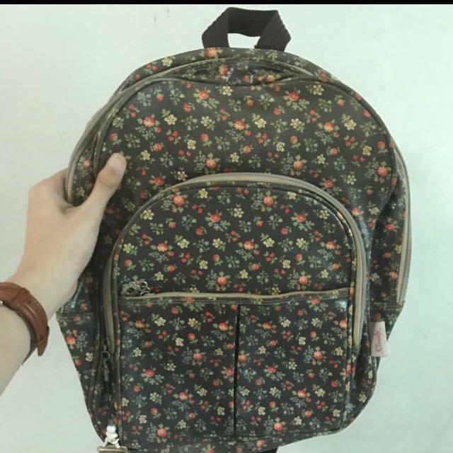 Kimbel Water Resistant Bagpack