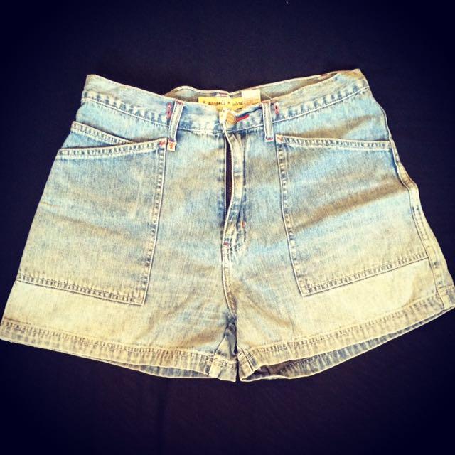 Lady's Maong Shorts