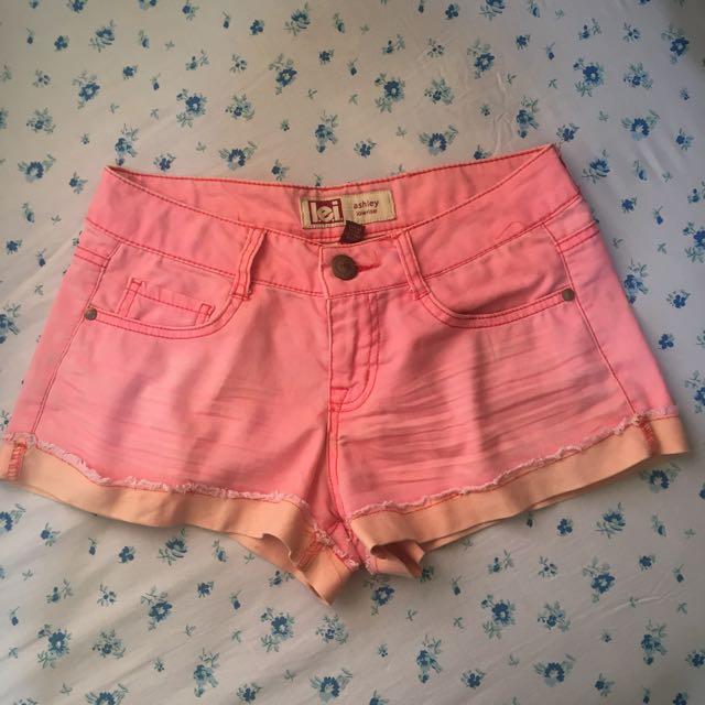 Lei Hotpants