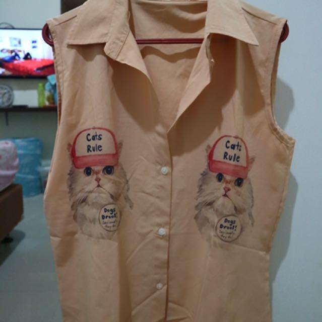 Little Cat Brown Shirt