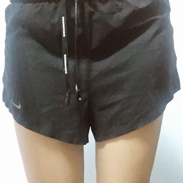 Nike短褲(保留中)