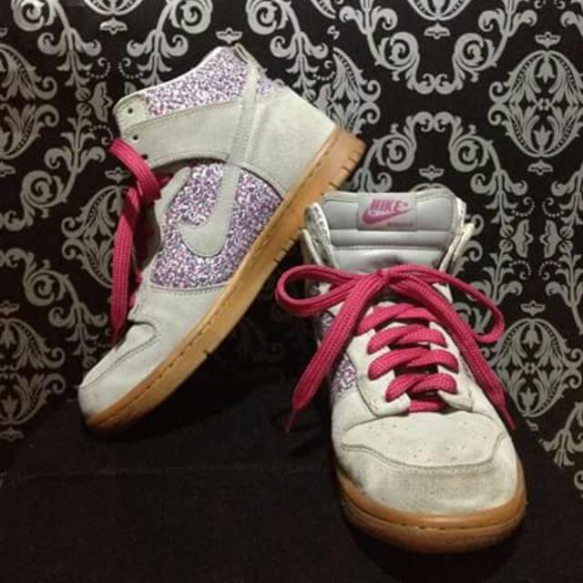 Nike Dunk Authentic