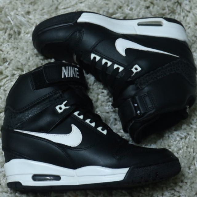 Nike Sky Hi