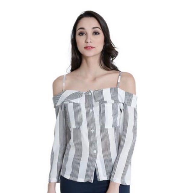 36d29de421c Off shoulder Chiffon Top, Women's Fashion, Clothes, Tops on Carousell