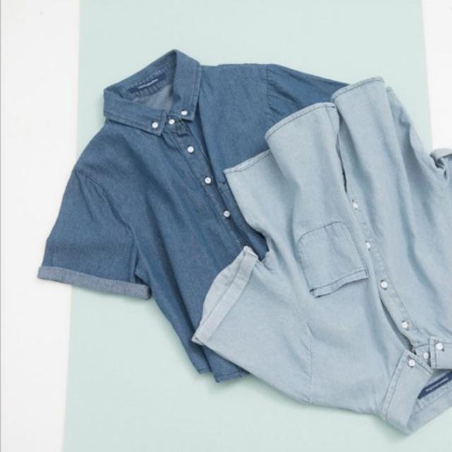 Queenshop 單口袋白釦牛仔短版襯衫 深藍
