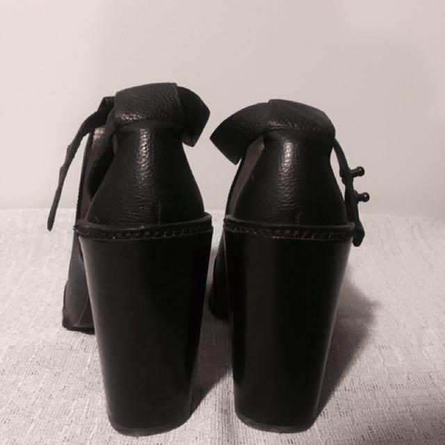 SENSO Black Booties