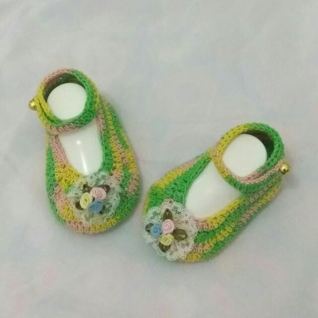 sepatu bayi bunga pita