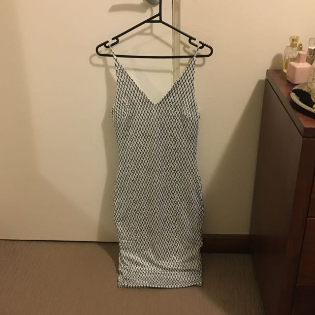 Showpo BNWT Size 8 Dress