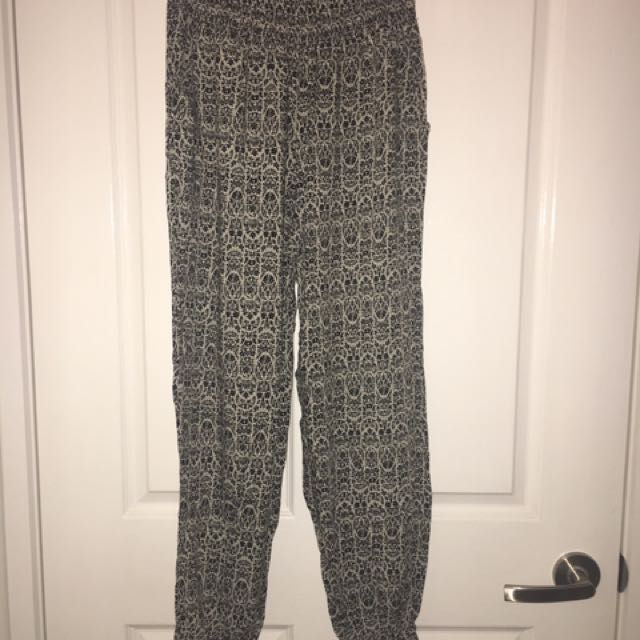 Size S - Patterned Print Boho Gypsy Pants