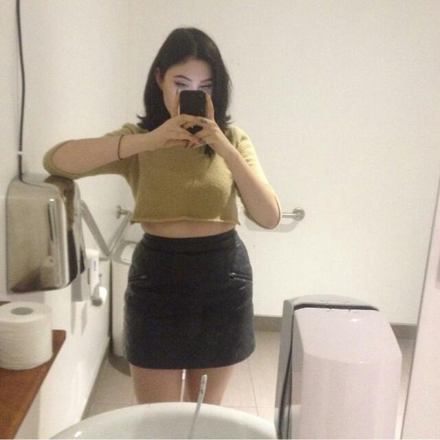 TOPSHOP Faux Leather/Pleather Quilted A-Line Skirt