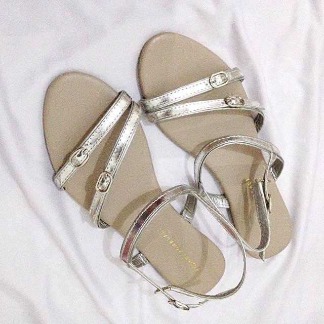 Yongki Komaladi Flat Sandals