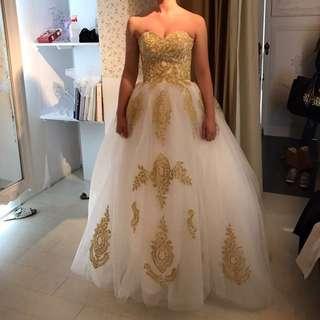 全新刺繡婚紗