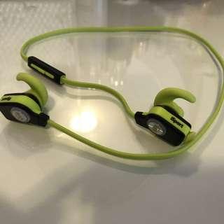 Beats wireless bluetooth earphone