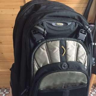 Targus 電腦背包