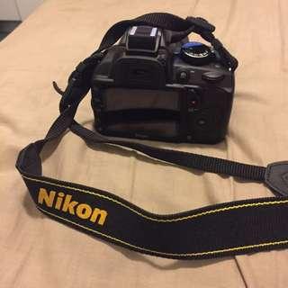 Nikon D3100, DX AF-S Nikkor 18-35mm