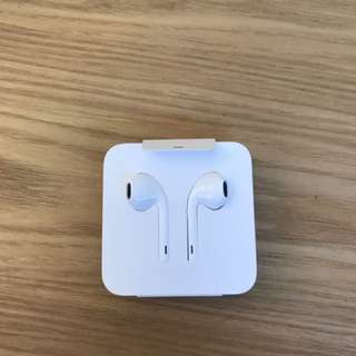 iPhone 7/7 Plus Earphones And Aux Adapter