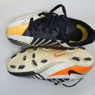 Nike足求鞋