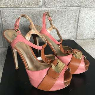 Guess Heels -size US9