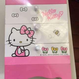 全新凱蒂貓三層置物櫃-運另計