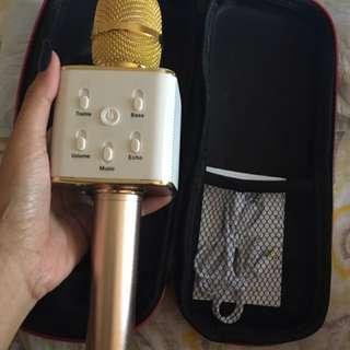 Wireless Microphone&HIFI Speaker Q7