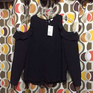 Divided By H&M Open Shoulder L/S Blouse