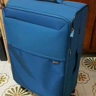 BN: Luggage Samsonite Stingray Spinner 77/28 Exp