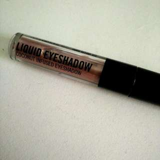 Sportsgirl Coconut Infused Liquid Eyeshadow
