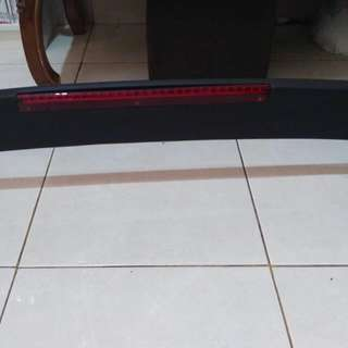 Spoiler / Duck tail Universal Sedan